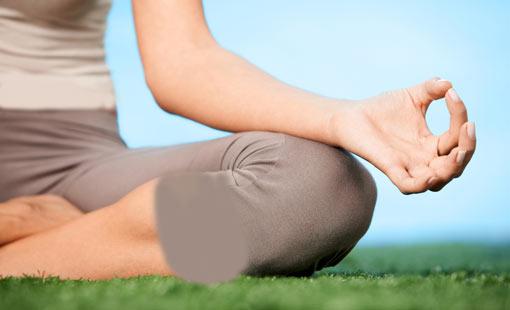 اليوغا تضمن للمرأة ولادة طبيعية سهلة
