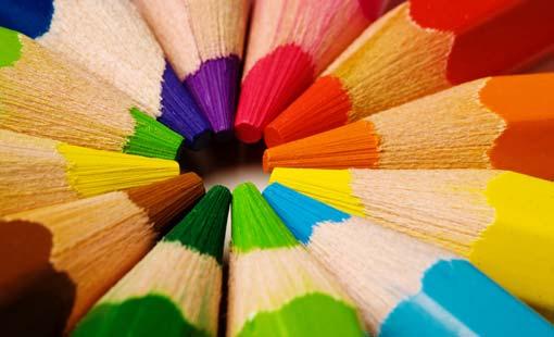 اللون المفضل يكشف برجك