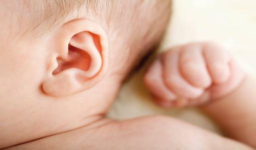 راقبي حاسة السمع لدى طفلك
