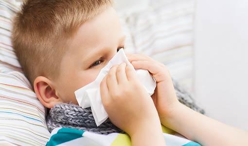 احمي طفلك من نزلات البرد والإنفلونزا