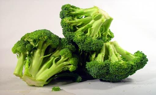 أطعمة.. تقلّص خطر الإصابة بسرطان الثدي