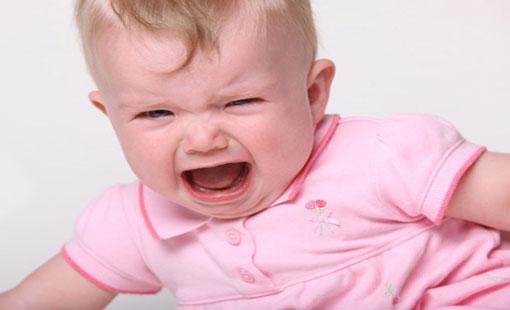 بكاء طفلك في مراحل عمرية مختلفة