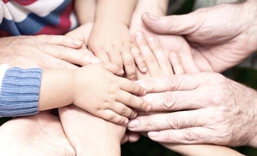 الاحترام + المشاركة = الاستقرار الأسري