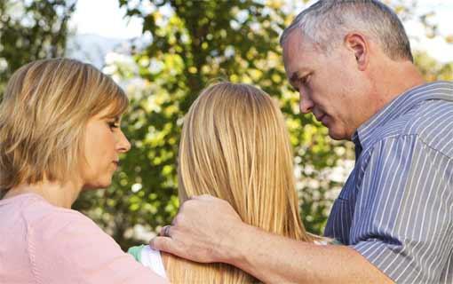 التشجيع المستمر للوالدين.. يدفعان الأبناء للتفوق