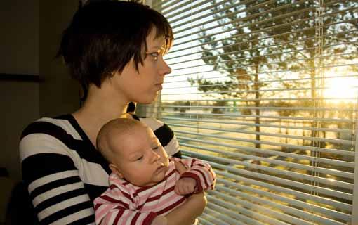اكتئاب الأمهات.. ما علاقته بنمو الأطفال؟