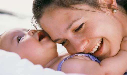 تحديات تواجهها الأُم المرضعة