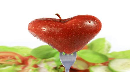 تناول الخضراوات والفواكه في الصغر يحافظ على القلب في الكبر