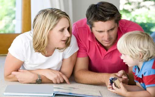 5 طرق لتتواصلي مع طفلك