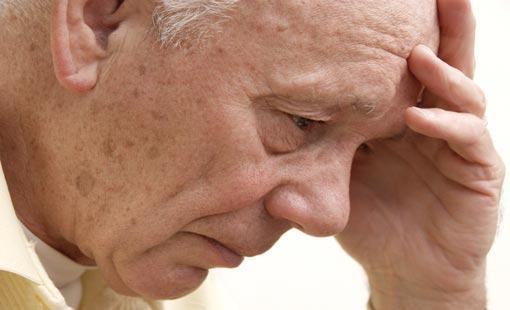 الاكتئاب مع تقدم السن.. الوقاية والعلاج