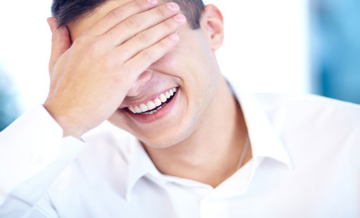 اضحك ضحكة واحدة من القلب كلّ يوم
