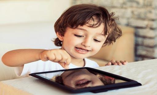 أبناؤنا وشبكات التواصل الاجتماعي