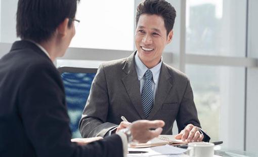 مقوِّمات النجاح في المقابلة الوظيفية