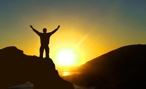 «الثقة بالنفس» حجر الأساس للحياة