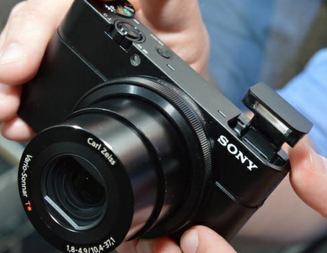 تعرف إلى DSC-RX100 أحدث كاميرا من سوني