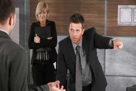 خمسة عبارات احذر أن تقولها لمديرك