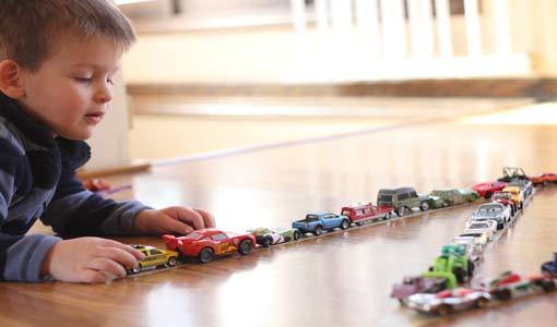 دور اللعب في تعزيز ذكاء الطفل