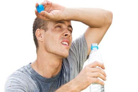 هل يؤثر الجفاف على حالة المزاج؟