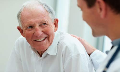 التصرف المثالي أثناء زيارة المريض