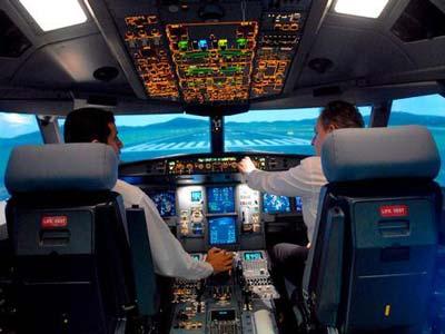 قيلولة طيارين كادت تقتل 166 بالهند