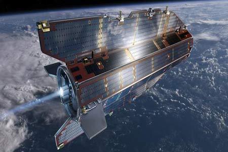 قمر صناعي يسقط من الفضاء في أكتوبر