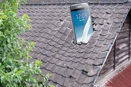 Samsung تنوي طرح هاتف بمواصفات متوسطه