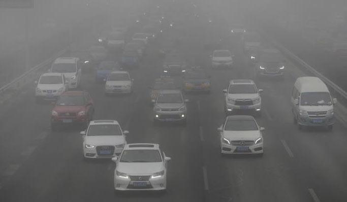 بكين تتخلص من 180 ألف سيارة