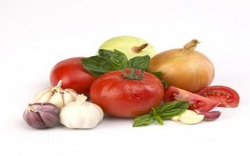 10 أطعمة تقاوم خطوط الزمن