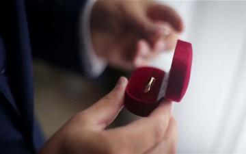 10 علامات تدل على أنه رجل يستحق أن تتزوّجي منه