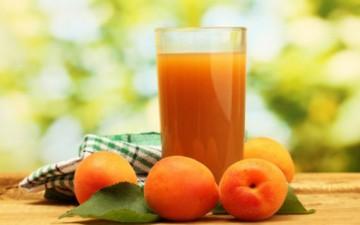 قمر الدين على موائد الإفطار والسحور