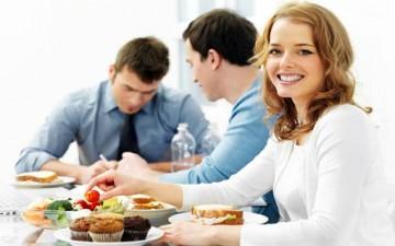 دليل المرأة العاملة لتخفيف الوزن