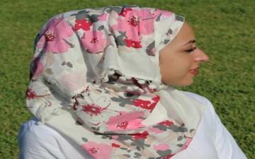 4 خطوات لشعر يتنفس تحت الحجاب