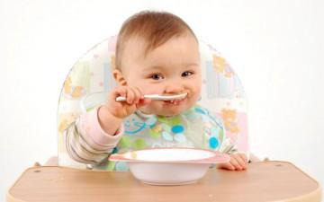 وصفات مغذية ولذيذة لعمر 6 أشهر