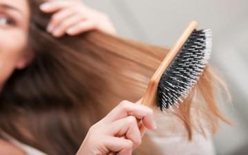ضرورة تمشيط الشعر