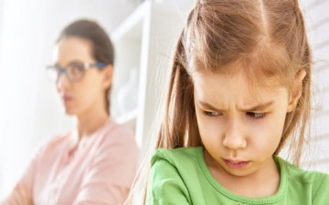 أبناءكم يُقلّدون عاداتكم السيئة