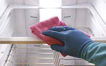 كيف تعتنين بنظافة ثلاجتك؟