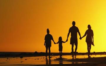 هل تربيتك لأبنائك وظيفة أم متعة؟