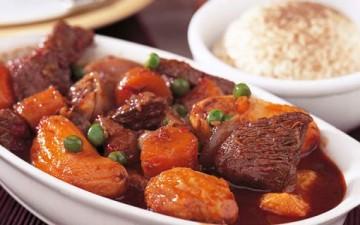 لحم العجل مع الخضروات