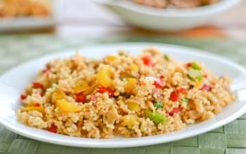 سلطة الأرز بالخضراوات