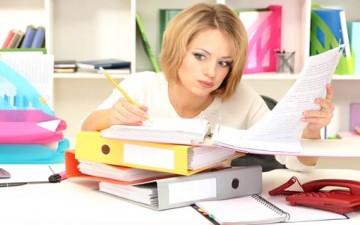 هل تتركين ضغوط العمل بأدراج مكتبك؟
