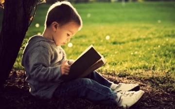 كيف نجعل الطفل يحب القراءة؟