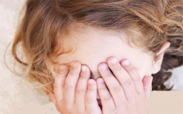 التهاب ملتحمة عين الطفل