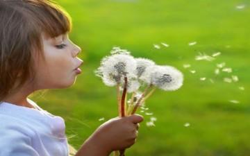 هل تشعرين بالحنين إلى طفولتك؟