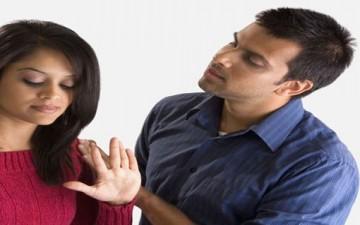 حروب الزوجين والتراشق بالكلمات الجارحة