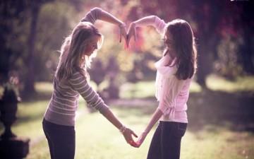 ما هي الصداقة بالنسبة إليكِ؟
