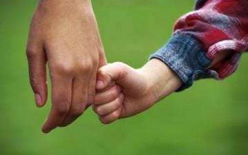 عشرة نصائح للأهل: أوّلها المديح.. ثمّ المديح