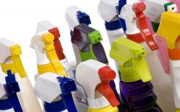 منتجات التنظيف ومعطرات الجو عوامل خفية تتسبب بقتل الآلاف