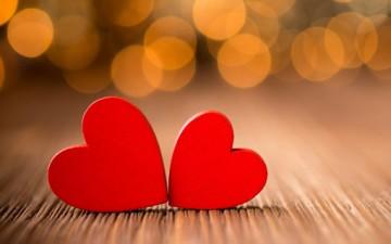 مع الحب يداً بيد