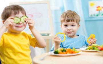تشجيع الأطفال على الغذاء الصحي