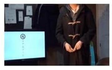 يابانيون يخترعون معطفاً إلكترونياً يزيل الكآبة