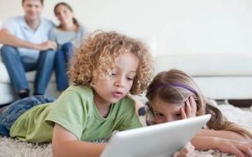 الطفل والتكنولوجيا: ضرورة الرقابة والاختيار
